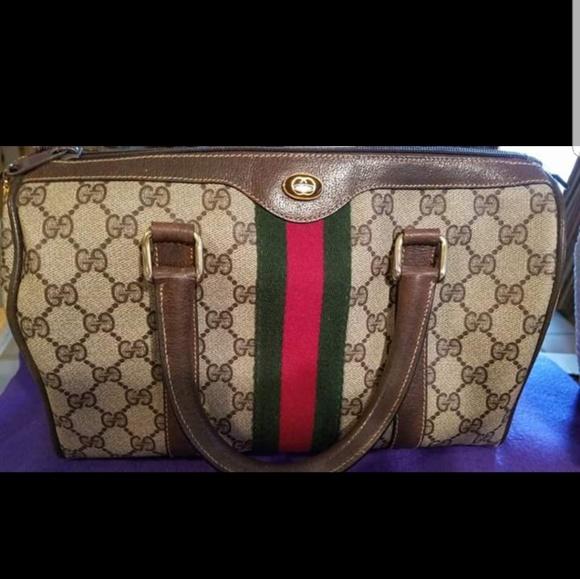 9da85244286e Gucci Handbags - 1970 s Vintage designer purse approx 11 ...